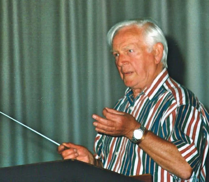 John Glyn Williams conducting the Massed Choir Practice in 2000